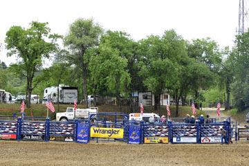 blog (6x4@300) Yoko 32 Gold Country Pro Rodeo, Chute 2_DSC3946-4.28.18.(1).jpg