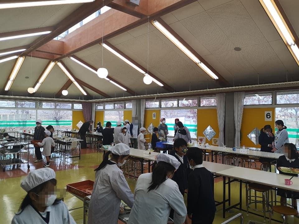 20200128_給食試食会@美和小学校 (3)