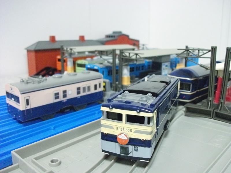 PL102-016.jpg