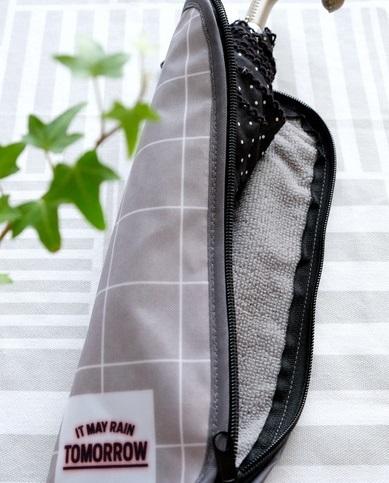 ダイソー・折りたたみ傘用収納袋(チェック柄)②