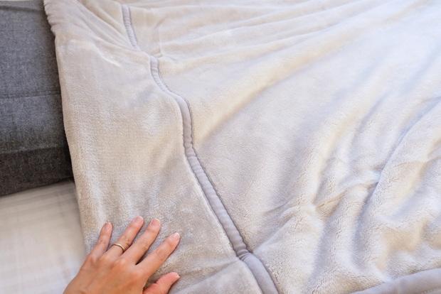 プレミアムマイクロファイバー毛布【gran】グラン・寝室①