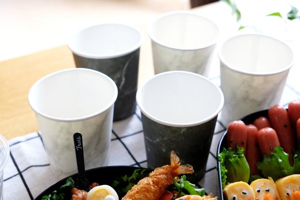 ペーパーカップ マーブル柄・運動会・お弁当①