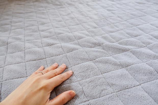 マイクロファイバー・パッド一体型ボックスシーツ・寝室・ベッド②