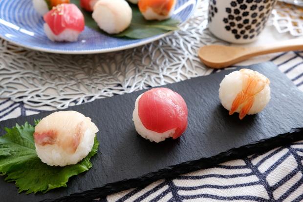 ダイソー・スレートプレート・2020年3月ひな祭り・手まり寿司①