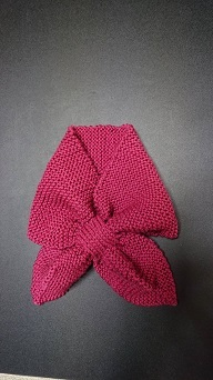 ピンク糸井さん木の葉のストール