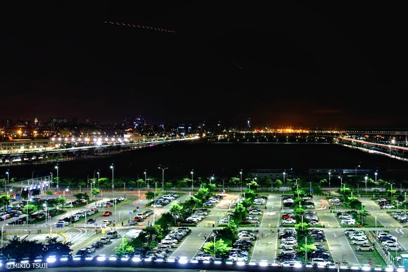 絶景探しの旅 - 1098 夜に緑輝く (深圳宝安国際空港/中華人民共和国 深圳市)