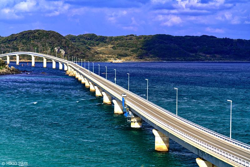 絶景探しの旅 - 絶景写真 No.1180 冬の角島大橋の風景 (山口県 下関市)