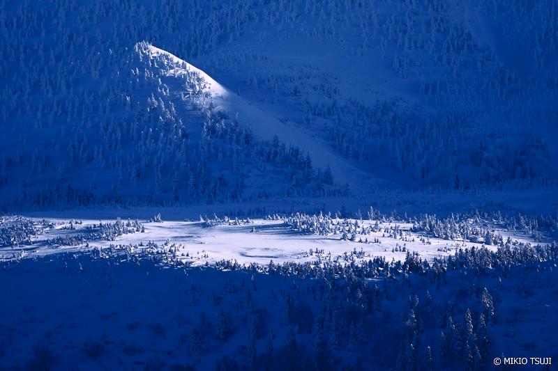 絶景探しの旅 - 絶景Photo No.1206 雪の舞台 (八甲田山麓 青森市)